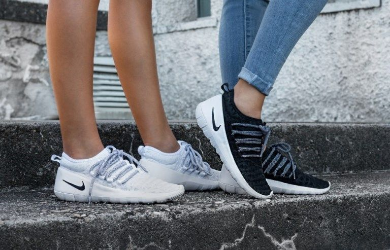 Nike Lab Payaa белые